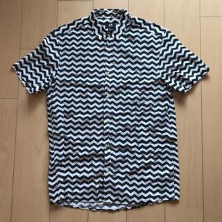 エイチアンドエム(H&M)の★H&M★ギザギザ柄 シャツ Lサイズ(シャツ)