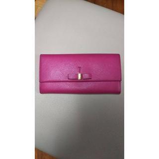 サルヴァトーレフェラガモ(Salvatore Ferragamo)のフェラガモ美品 濃いピンク(財布)