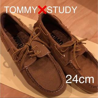 トミー(TOMMY)のTOMMY STUDY デッキシューズ 24センチ(その他)
