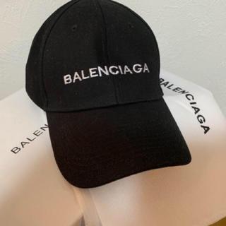 BALENCIAGAキャップ