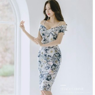 ザラ(ZARA)のドレス アジアンテイスト花柄 膝丈 タイト  zara (ナイトドレス)