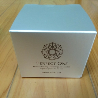 PERFECT ONE - パーフェクトワン薬用ホワイトニングジェル