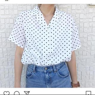 ジーユー(GU)のGU  ドットオープンカラーシャツ 新品未使用(シャツ/ブラウス(半袖/袖なし))