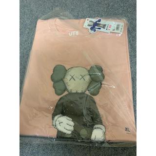 ユニクロ(UNIQLO)のユニクロ カウズ コラボ Tシャツ UT XLサイズ(Tシャツ/カットソー(半袖/袖なし))