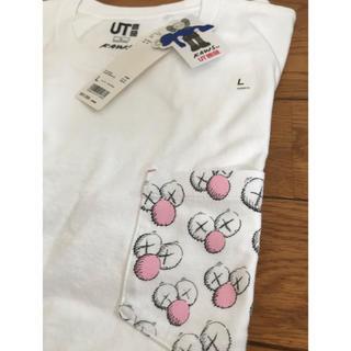 ユニクロ(UNIQLO)のUNIQLO KAWS コラボTシャツ(Tシャツ/カットソー(半袖/袖なし))