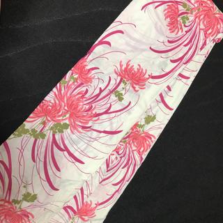 白地 赤 ピンク 花柄 浴衣