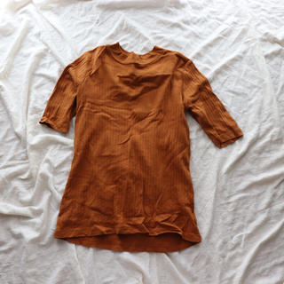 ユニクロ(UNIQLO)のリブトップス(カットソー(半袖/袖なし))