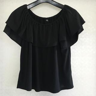 ユニクロ(UNIQLO)のユニクロ オフショル Tシャツ カットソー(カットソー(半袖/袖なし))