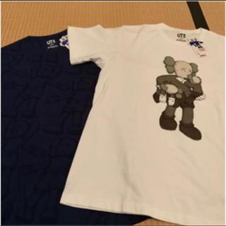 ユニクロ(UNIQLO)のユニクロ KAWS Tシャツ2種(Tシャツ/カットソー(半袖/袖なし))