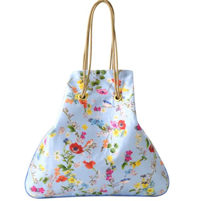 Chesty(チェスティ)のチェスティ バードフラワー巾着バッグ レディースのバッグ(ハンドバッグ)の商品写真
