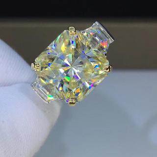 【newデザイン】ラディアントカット モアサナイト  ダイヤモンド リング(リング(指輪))