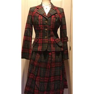 ヴィヴィアンウエストウッド(Vivienne Westwood)のVivienne Westwood ヴィヴィアン ウエストウッド スーツ (スーツ)