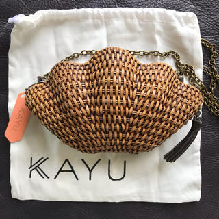 ALEXIA STAM - 定価半額! 新品未使用 KAYU JANE クラッチバッグ