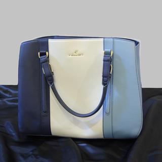 4℃ - 4℃ ヨンドシー ブルー ハンドバッグ