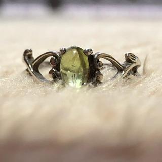 ペリドットの指輪(リング(指輪))