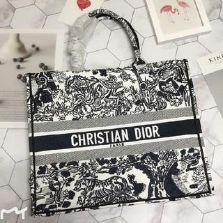 ディオール(Dior)のDior Book Tote ディオール  ブックトート トートバッグ 新品(トートバッグ)
