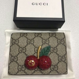 Gucci - GUCCI チェリー財布