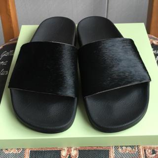 アディダス(adidas)のアディダス アディレッタ  ハラコ 24.5 黒(サンダル)