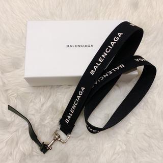 Balenciaga - 【新品】バレンシアガ ネックストラップ メンズ
