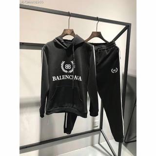 バレンシアガ(Balenciaga)のバレンシアガ 大人気 スポーツスーツ(スウェット)