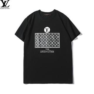 ルイヴィトン(LOUIS VUITTON)のLOUIS VUITTON  おしゃれ ロゴ  人気 トップス(Tシャツ/カットソー(半袖/袖なし))