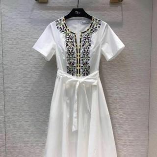 Dior - Dior  ひざ丈ワンピース   春夏物  かわいい