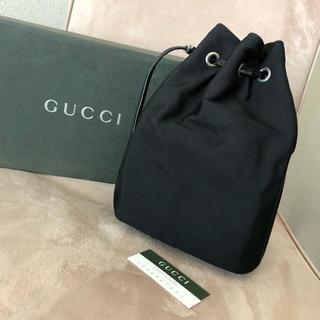 グッチ(Gucci)の美品 GUCCI グッチ♡ポーチ バニティ 巾着♡黒 ブラック♡箱(ポーチ)