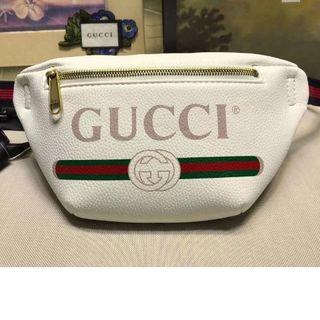 グッチ(Gucci)の極美品  ウエストポーチ(ボディバッグ/ウエストポーチ)