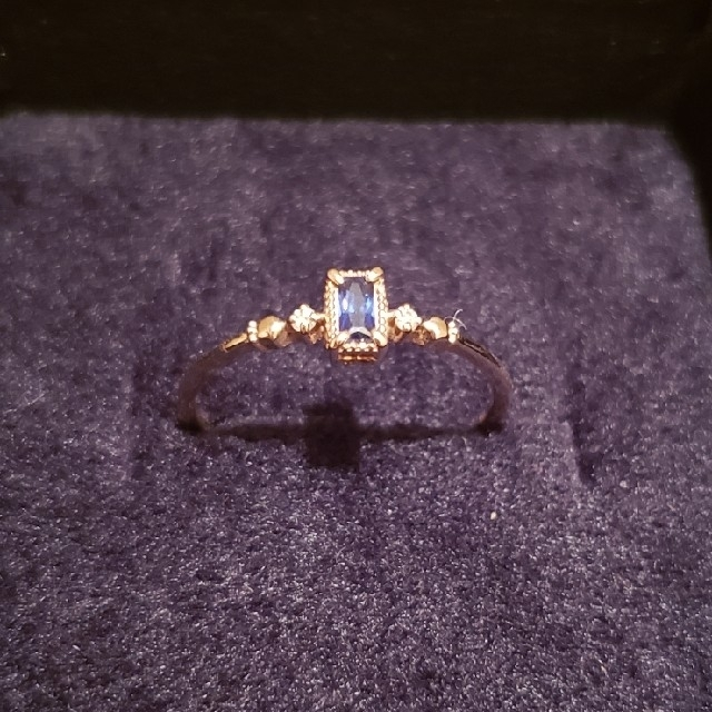 agete(アガット)の美品 ミロワ K10 YG 15号 タンザナイトダイヤリング 保証書付属  レディースのアクセサリー(リング(指輪))の商品写真