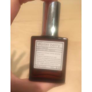 オゥパラディ(AUX PARADIS)のパルファム香水 ウィンターベリー AUX PARADIS(香水(女性用))