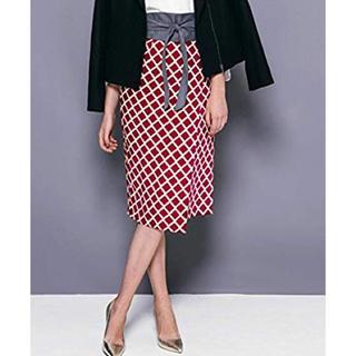 ビッキー(VICKY)の新品!VICKY ビッキー 幾何柄ラップスカート 赤 9号(ひざ丈スカート)
