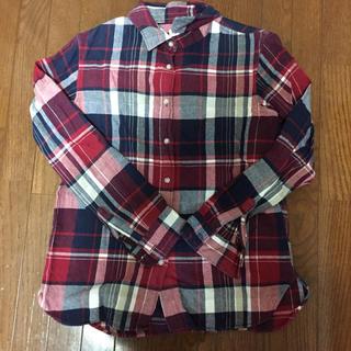 ユニクロ(UNIQLO)の赤チェックネルシャツ(シャツ/ブラウス(長袖/七分))