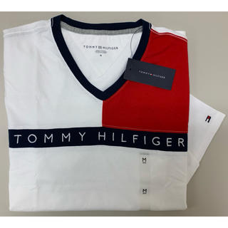 TOMMY HILFIGER - 新品 トミーヒルフィガーVネックTシャツM