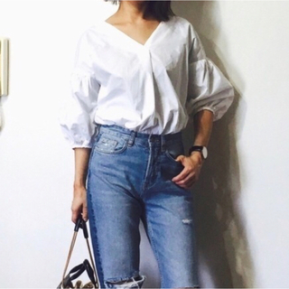 ジーユー(GU)のGU チュニック ホワイト 白 夏服(シャツ/ブラウス(長袖/七分))
