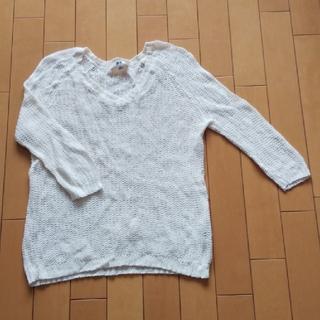 5bce65018fc6a ユニクロ(UNIQLO)のサマーセーター Vネック Mサイズ 白 七分袖 ざっくり
