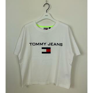 トミーヒルフィガー(TOMMY HILFIGER)の未使用! Tommy Jeans トミージーンズ Tシャツ カットソー XS(Tシャツ(半袖/袖なし))