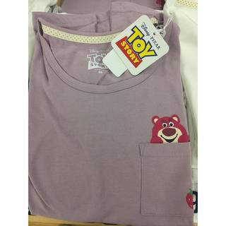 トイストーリー(トイ・ストーリー)の新品 いちご ピンクパープル ロッツォ  Tシャツ disney  ディズニー(Tシャツ(半袖/袖なし))