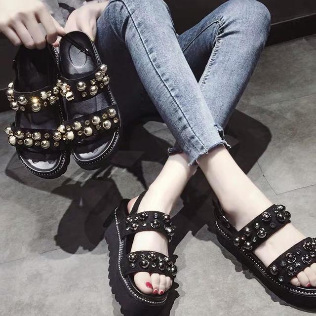 スニーカーサンダル スポーツサンダル 厚底 ペッタン ビジュー キラキラ パール レディースの靴/シューズ(サンダル)の商品写真