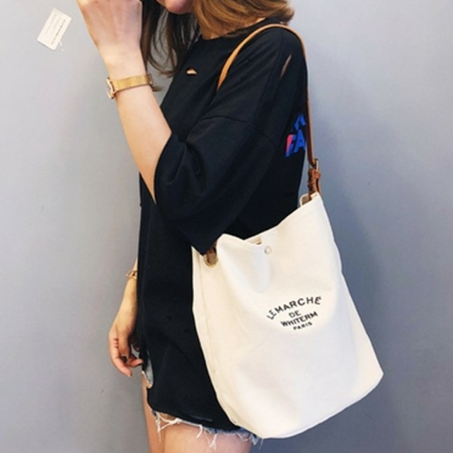 【 ホワイト 】 ラディース カジュアル ショルダーバッグ トートバッグ 斜   レディースのバッグ(トートバッグ)の商品写真