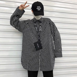 ダブル ストライプシャツ フレア袖 韓国 オルチャン トレンド商品