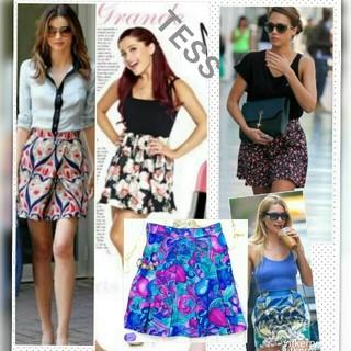 バーニーズニューヨーク(BARNEYS NEW YORK)のアメリカ製 TESS スカート NewYork購入 華やかお花柄がキュートなお品(ひざ丈スカート)
