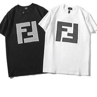 フェンディ(FENDI)のFENDI tシャツ(Tシャツ/カットソー(半袖/袖なし))