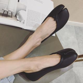 マルタンマルジェラ(Maison Martin Margiela)の足袋シューズ(バレエシューズ)