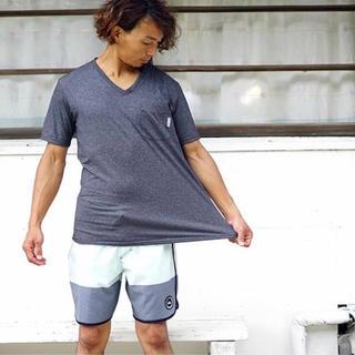 Hurley - 美品 人気 ★ Vネットシャツ ラッシュガード ★ メンズ S