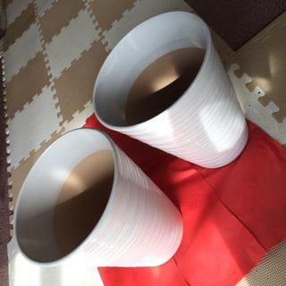 【未使用・美品】艶のある白が美しい陶器製の植木鉢2点セット(その他)
