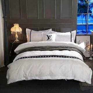 LOUIS VUITTON - 四季適用★希少!! 高級感 寝具カバー 2枚枕カバー 4点セット 掛け布団カバー