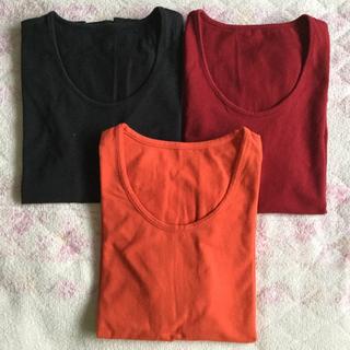 UNIQLO - ユニクロ  ストレッチTシャツ  黒とオレンジ 2枚セット(バラ売り可)