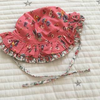 ラルフローレン(Ralph Lauren)の美品 45㎝ ラルフローレン ベビー帽子 花柄 フリル(帽子)