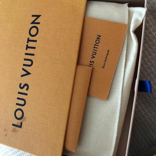 ルイヴィトン(LOUIS VUITTON)のマヒナ iPhoneケース(iPhoneケース)