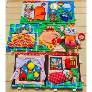 アンパンマン - アンパンマン しかけいっぱい  布おもちゃ ドキンちゃん ぬいぐるみ